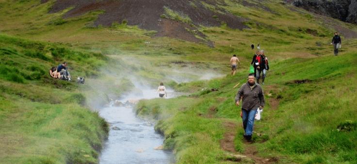 Jour 1: Arrivée à Keflavik – Hveragerði