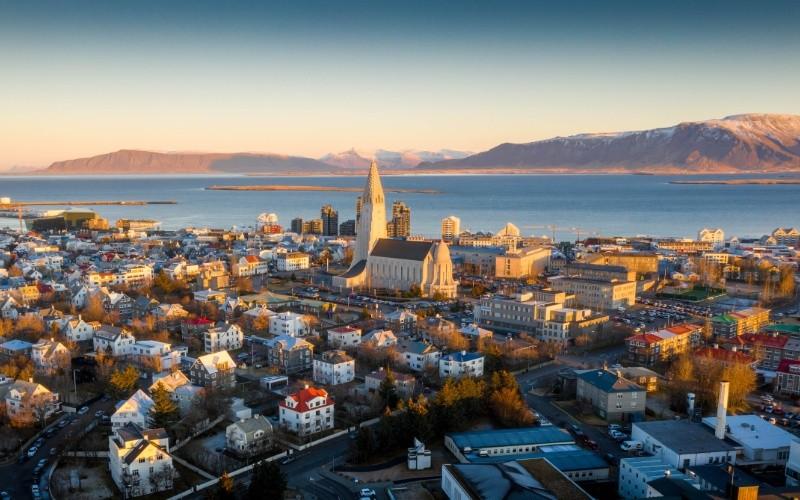 Jour 1: Arrivée à Reykjavik - La capitale la plus septentrionale au monde
