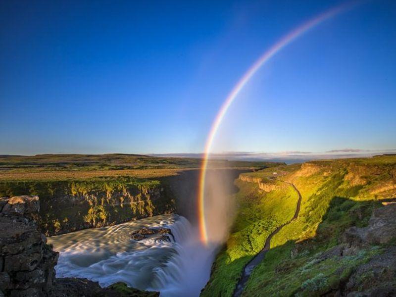 Visite d'une journée en petit groupe du Cercle d'or et du cratère volcanique Kerid au départ de Reykjavik